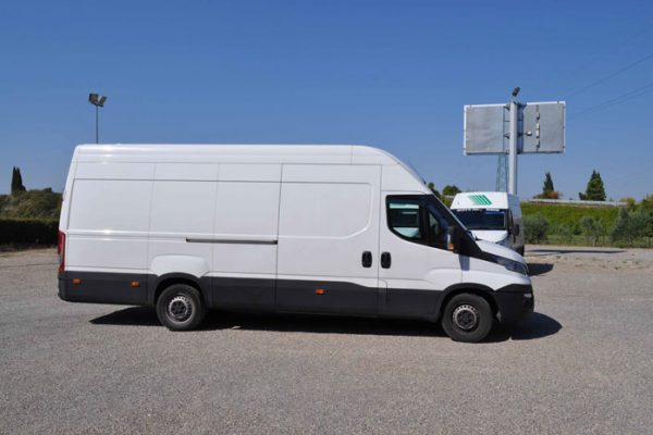 Iveco-Daily-Maxi-(1)